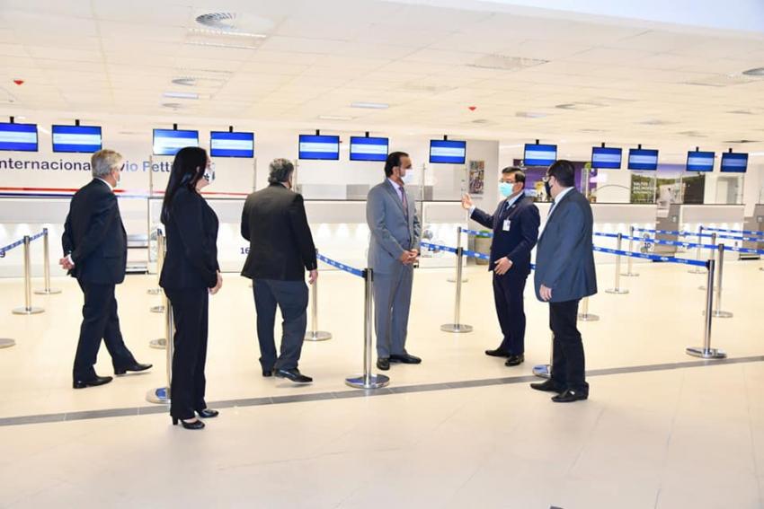 Visita del Señor Ministro Plenipotenciario, Encargado de Negocios de Qatar, Saeed Al-Marri al Aeropuerto Internacional Silvio Pettirossi